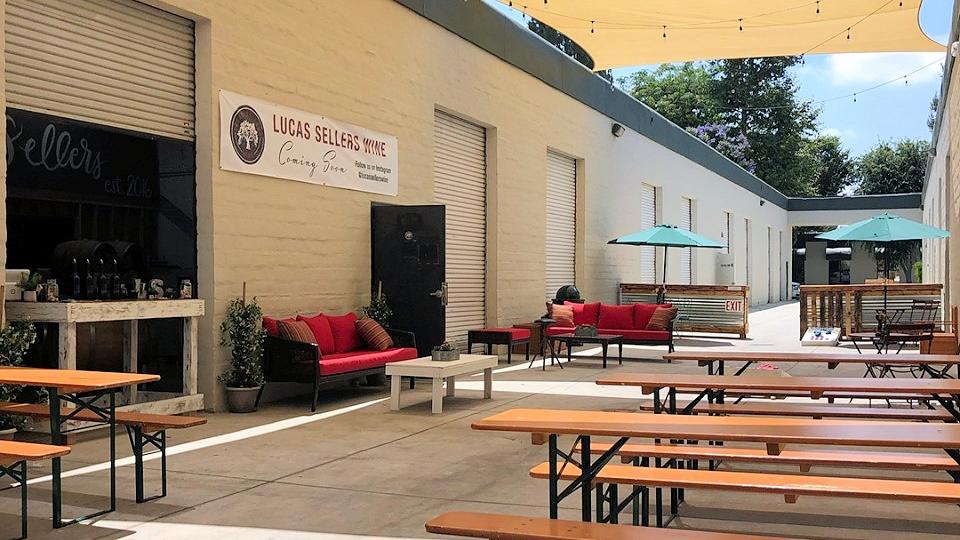outdoor biergarten at enegren